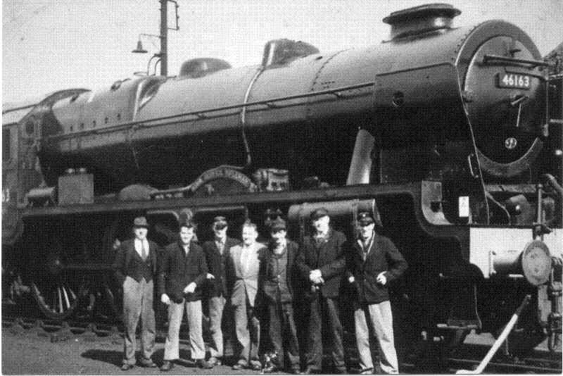 The 'Civil Service Rifleman' Locomotive and British Rail workers