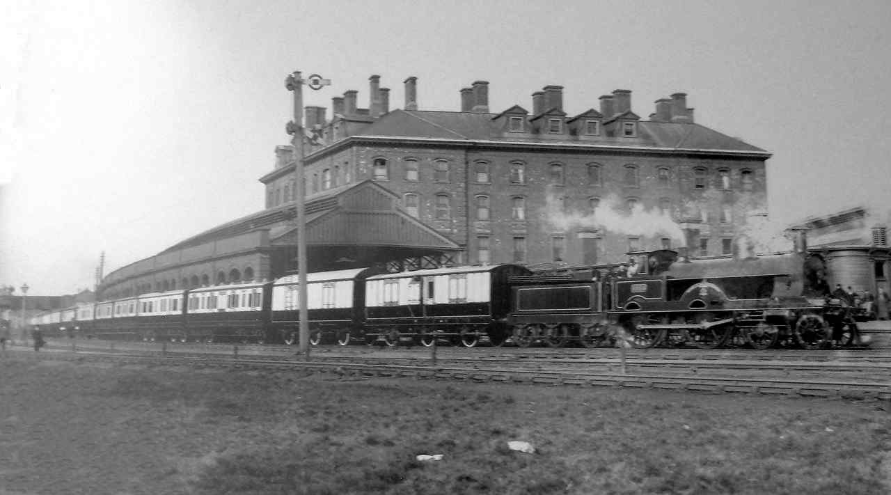 holyhead station hotel and train at the railway station