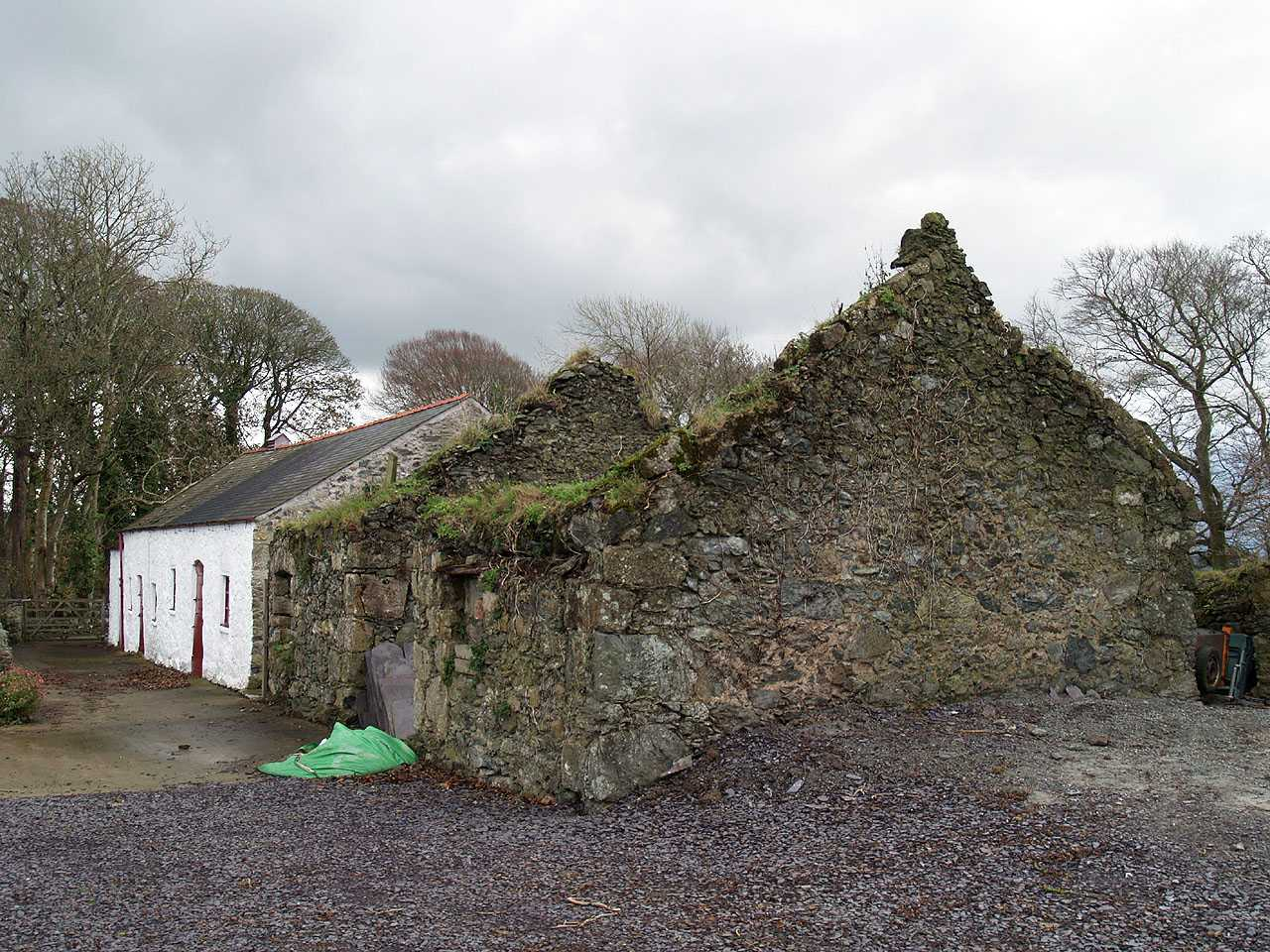 Anglesey, Llangefni Water Mill - ruined building - part of the farm buildings - Nov 2009