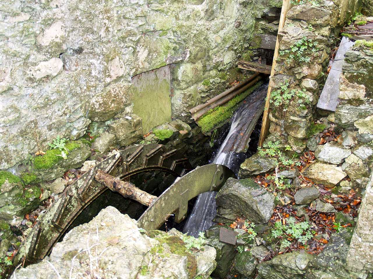 Anglesey, Llangefni Water Mill Wheel close up