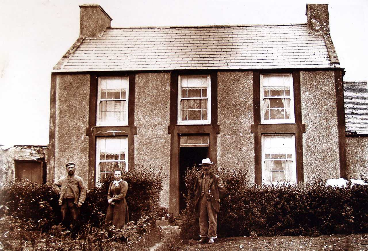 Llanbeulan, Felin Treban Millers House, Elizabeth Owens, her husband and her father-in-law c1900