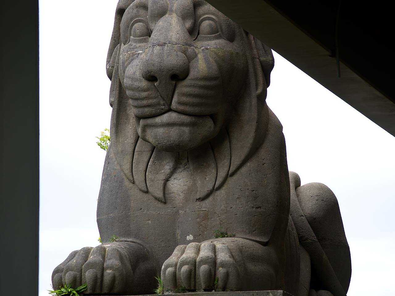 Menai Tubular Bridge, Anglesey Side Lion Close-Up