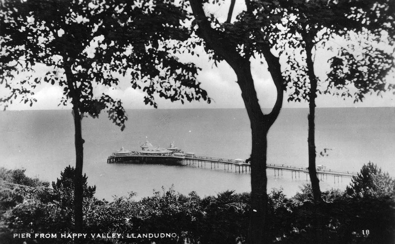 llandudno pier from happy valley - mid 1930's