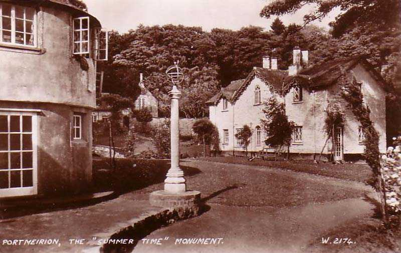 portmeirion - the summer time monument in the 1950's