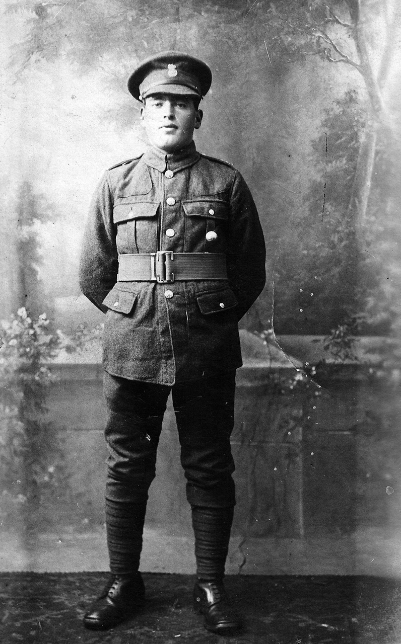 private richard lewis jones rwf died in france in 1918