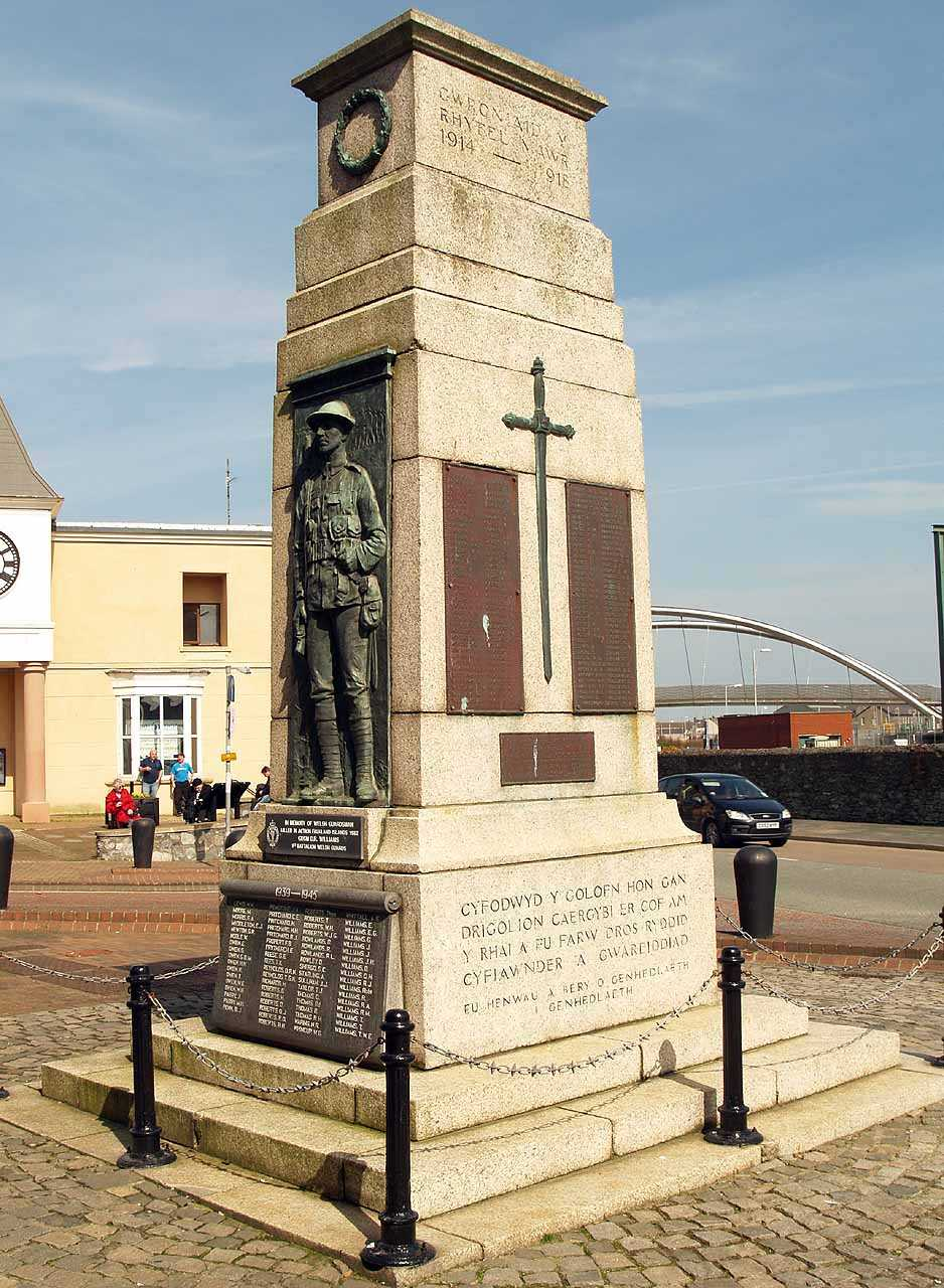 Holyhead War Memorial in 2011