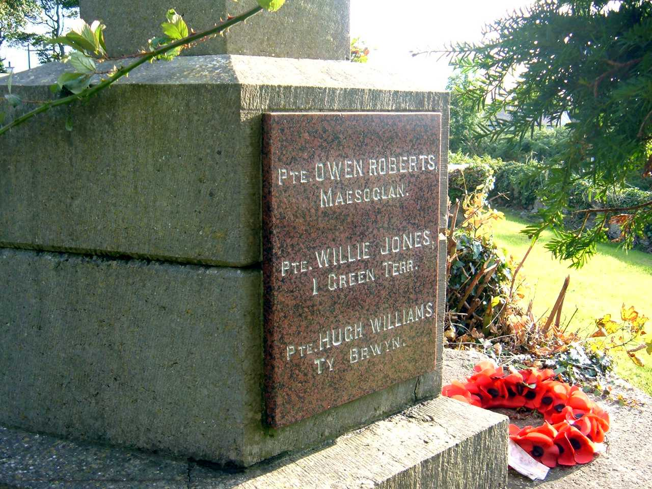 Llangaffo War Memorial Names