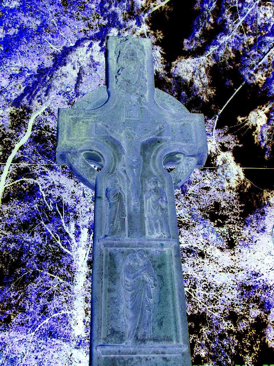 Llansadwrn,  Boer War Memorial in negative form to show detail