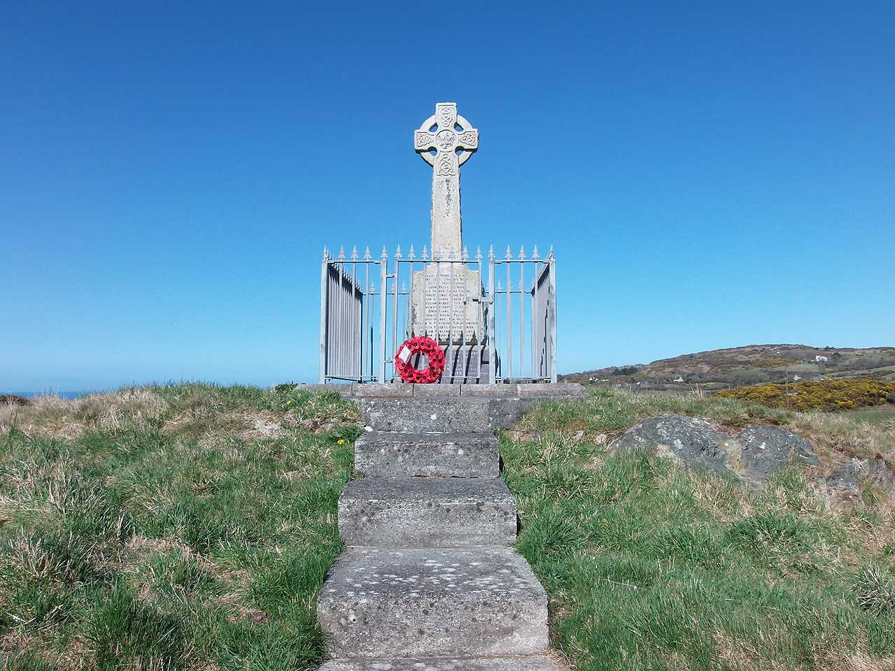 Anglesey, Penysarn, Steps leading to the War Memorial