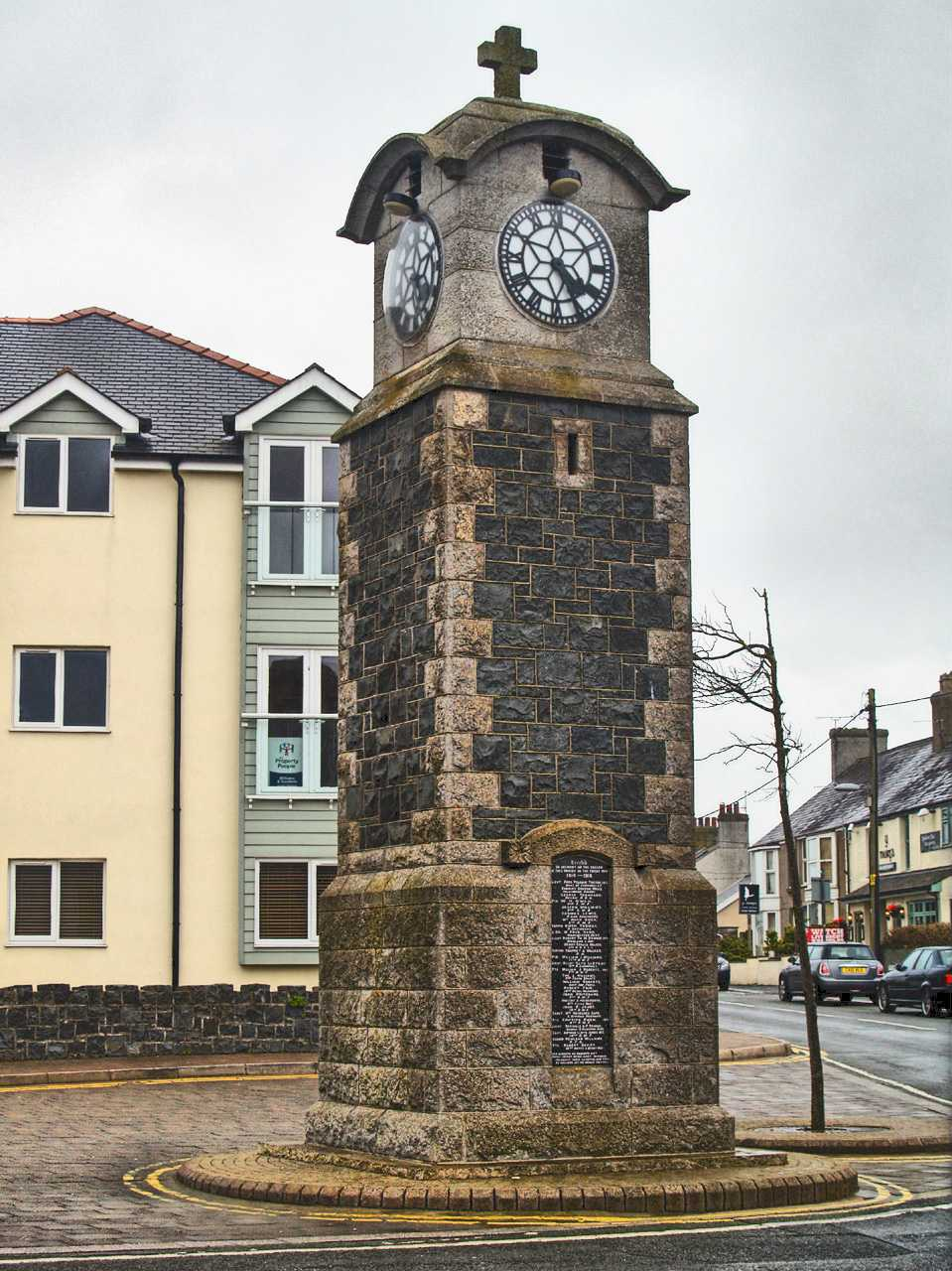 Anglesey, Rhosneigr War Memorial Clock Tower in hdr