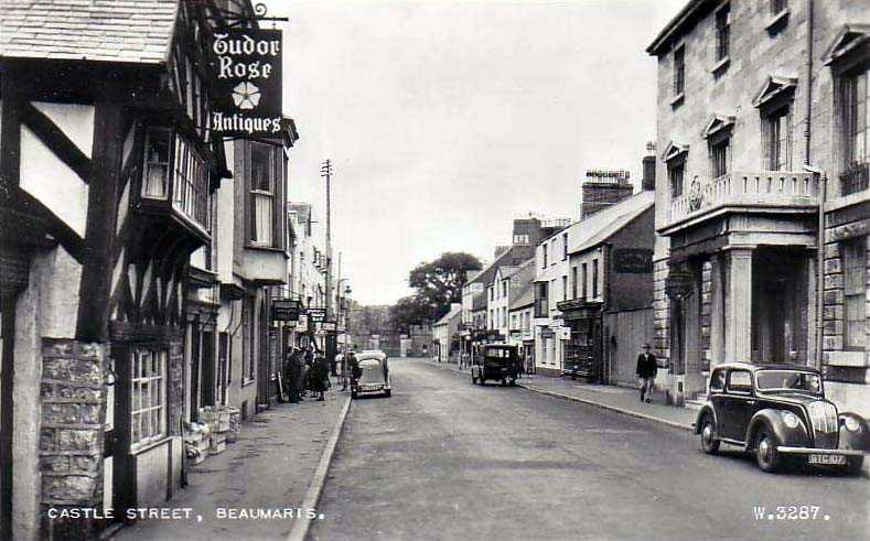 A 1950's view of Castle Street in Beaumaris