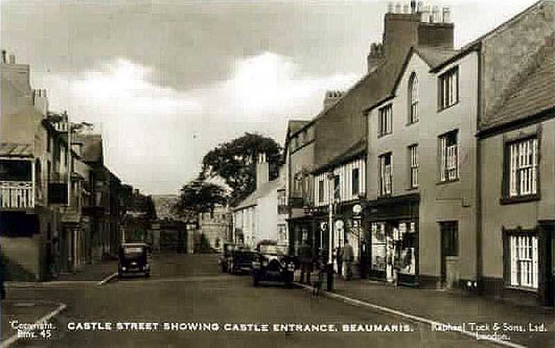 Beaumaris, Castle Street - possibly 1930's