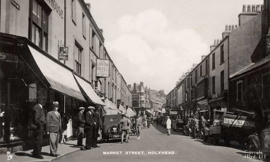A superb animated picture of Market Street in Holyhead during the 1930's